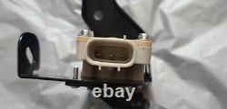 Lexus Is300 Rx350 330 Rear Right Headlamp Suspension Height Level Control Sensor
